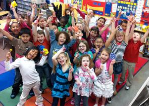 Mrs. Vail's First Grade Class Loves Tootsie POPs